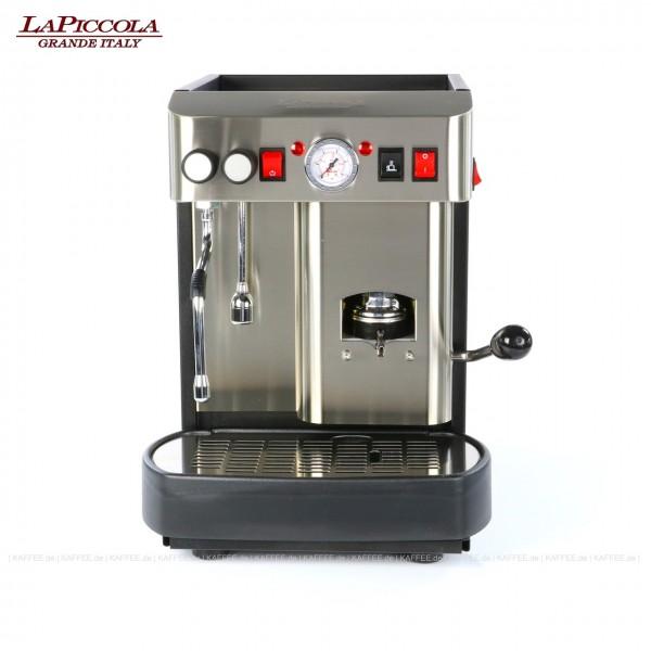 Espressomaschine für ESE-Pads mit einer Brühgruppe (7g), manuelle Dosierung, Edelstahl mit Seitenteilen in schwarz, Milchaufschäumer und Wassertank Diese Maschine ist in weiteren Ausführungen erhältlich: zum Beispiel mit anderer Brühgruppe - 14g Pads,