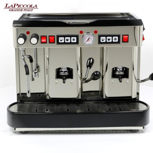 Espressomaschine für ESE-Pads (44 mm Standardpads) mit zwei Brühgruppen (7g/14g), automatische Dosierung, Edelstahl mit Seitenteilen ebenfalls in Edelstahl, Milchaufschäumer und Wassertank Diese Maschine ist in weiteren Ausführungen erhältlich: zum Bei